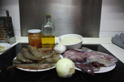 Ingredientes para el arroz de marisco
